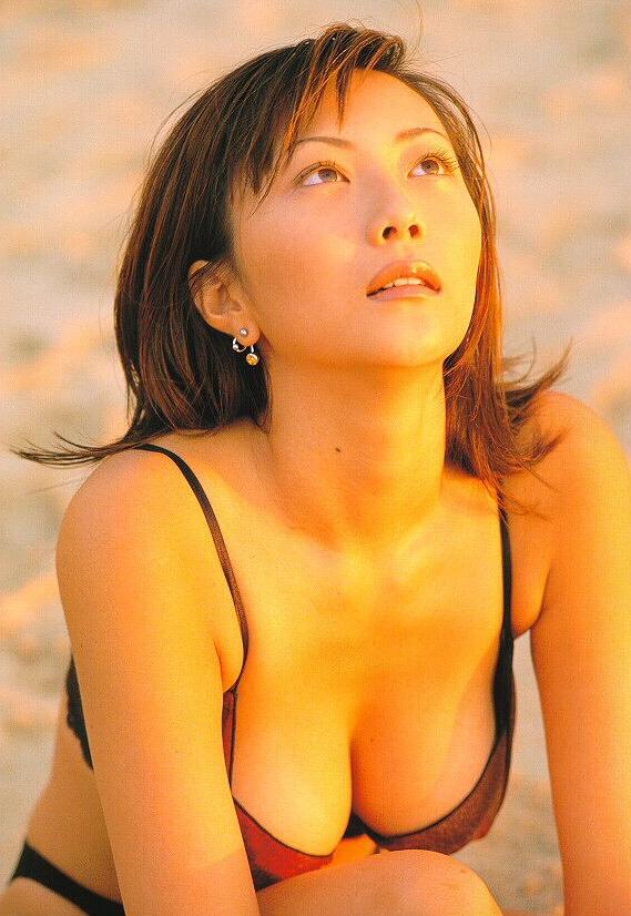 【松田千奈お宝画像】ギルガメでレギュラーしてたセクシーGカップグラドルの現在は? 27
