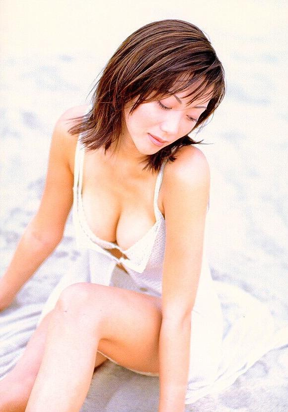 【松田千奈お宝画像】ギルガメでレギュラーしてたセクシーGカップグラドルの現在は? 34