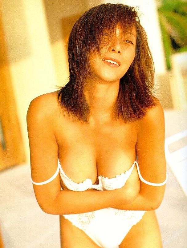 【松田千奈お宝画像】ギルガメでレギュラーしてたセクシーGカップグラドルの現在は? 35