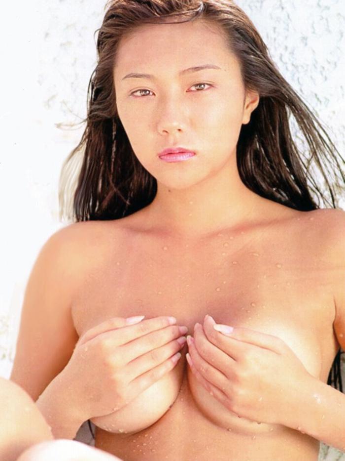 【松田千奈お宝画像】ギルガメでレギュラーしてたセクシーGカップグラドルの現在は? 75