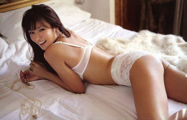 【深田恭子お宝画像】アラフォー近いのに熟女と言いにくい美貌を持ってるよねw 31