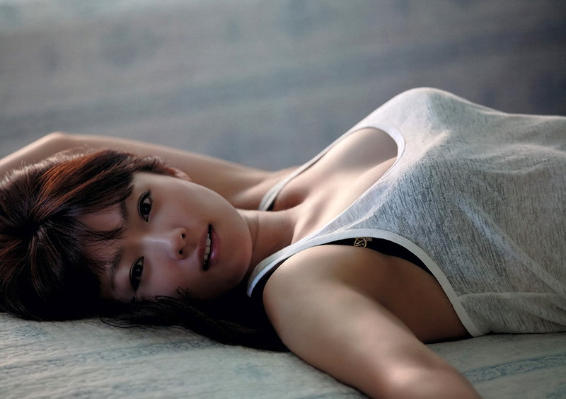 【深田恭子お宝画像】アラフォー近いのに熟女と言いにくい美貌を持ってるよねw 36