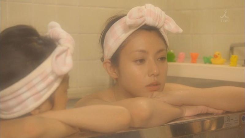 【深田恭子お宝画像】アラフォー近いのに熟女と言いにくい美貌を持ってるよねw 56