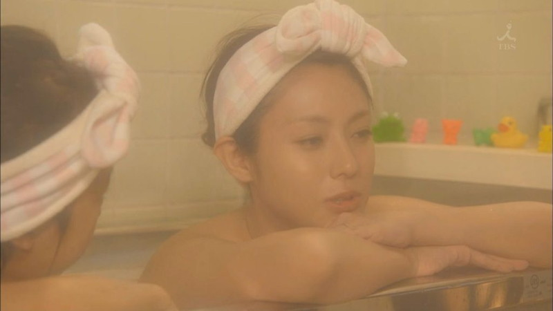 【深田恭子お宝画像】アラフォー近いのに熟女と言いにくい美貌を持ってるよねw 61