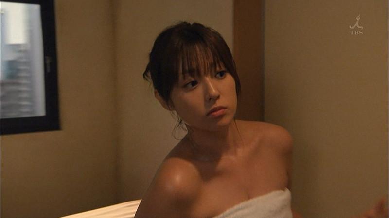 【深田恭子お宝画像】アラフォー近いのに熟女と言いにくい美貌を持ってるよねw 75