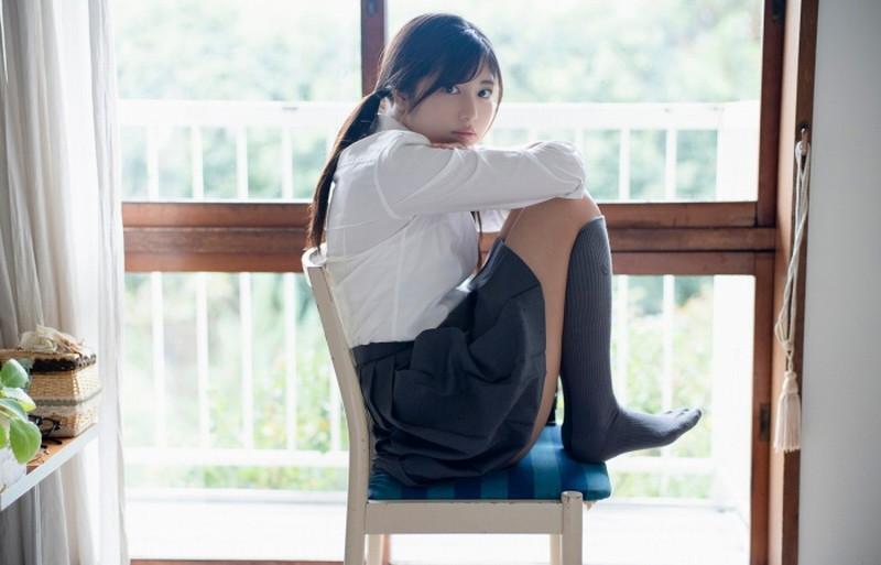 【吉田莉桜グラビア画像】アイドルみたいに激かわな美少女モデルのエッチな姿! 07