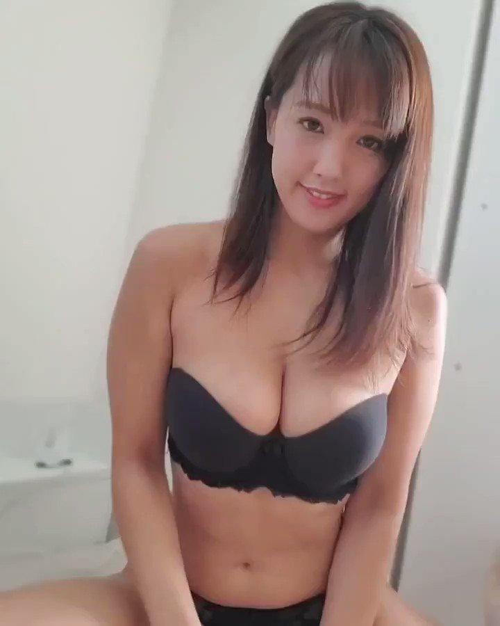 【日里麻美エロ画像】毎朝Gカップ巨乳を見せつける動画を撮ってる痴女グラドル 04