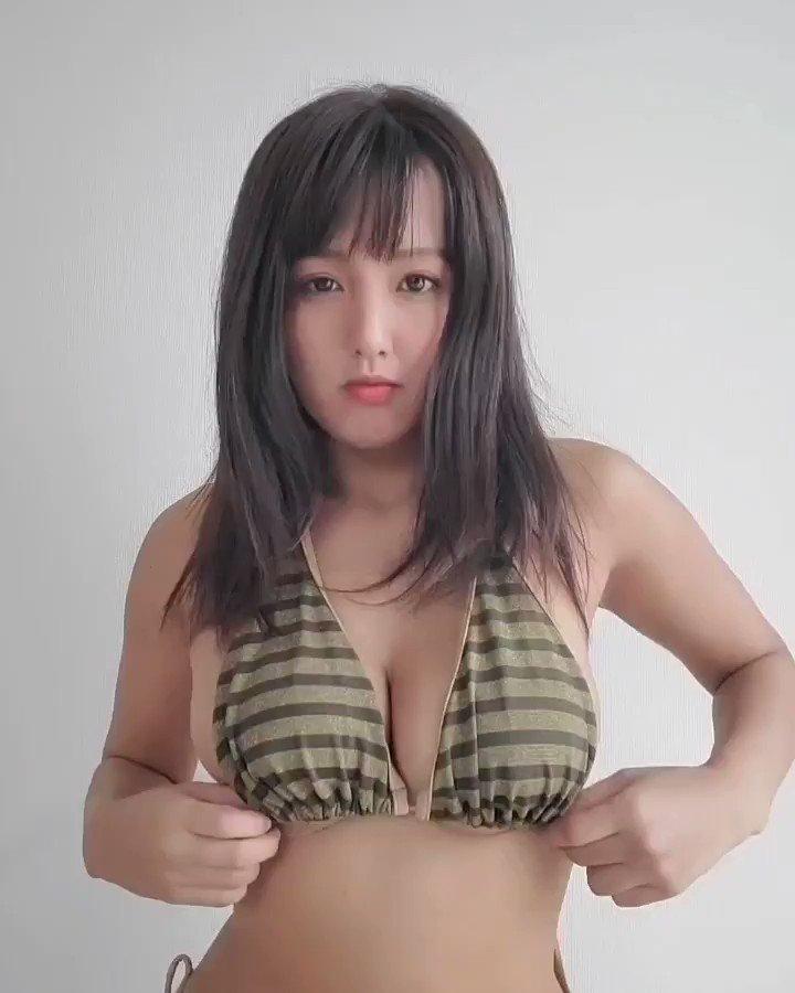 【日里麻美エロ画像】毎朝Gカップ巨乳を見せつける動画を撮ってる痴女グラドル 14