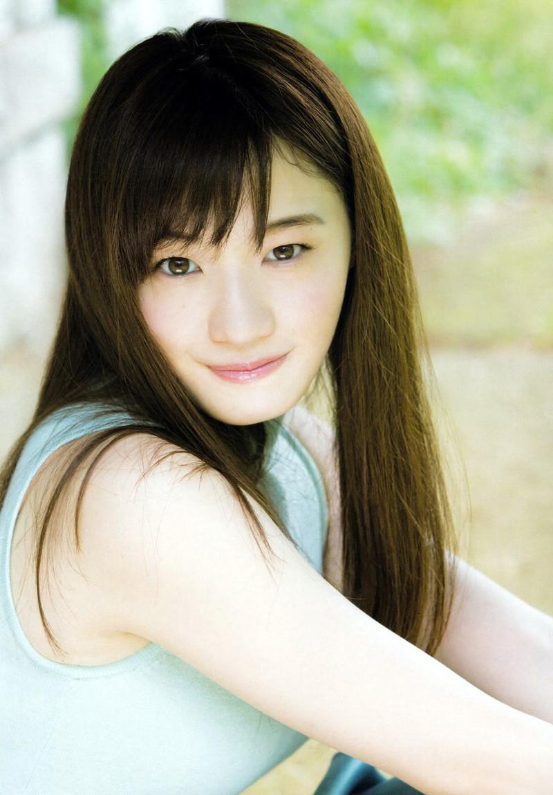 【中田花奈キャプ画像】可愛い乃木坂46アイドルが大口開けて激辛食レポw 53