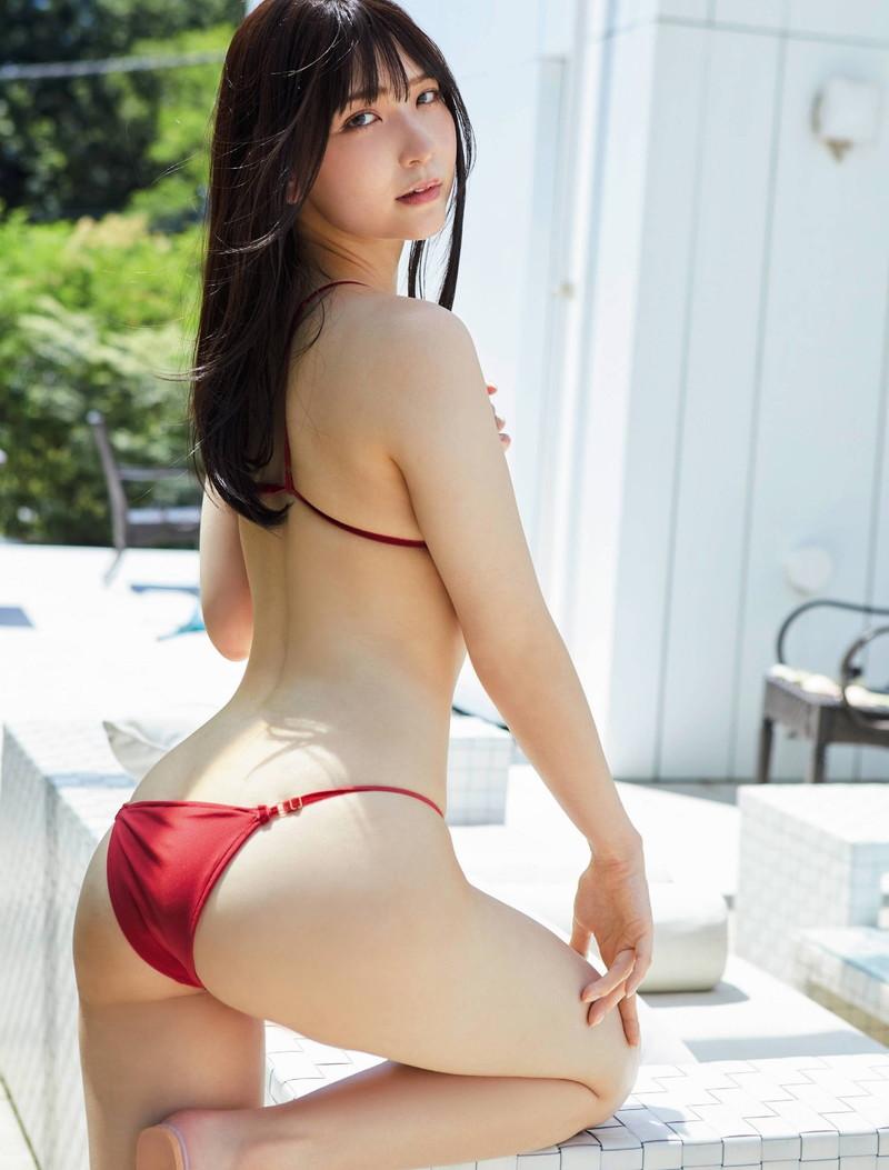 【あまつまりなグラビア画像】改名しても変わらずセクシーな姿を魅せてくれる2.5次元美女 63