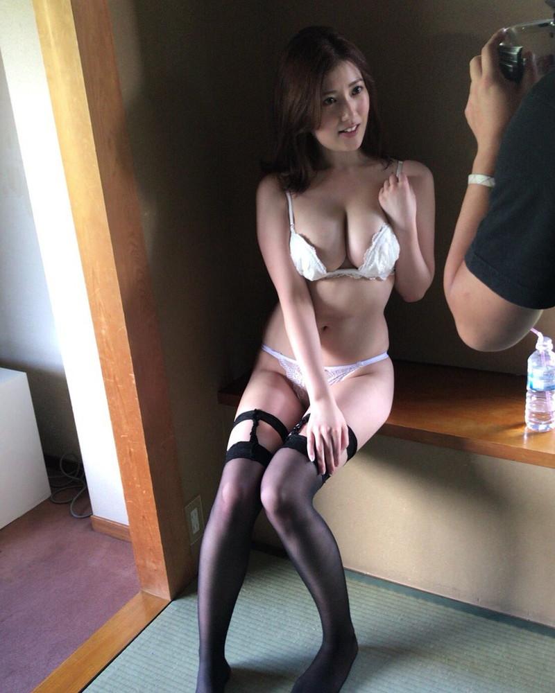 【草野綾キャプ画像】メロンカップと称されたGカップ巨乳をエロコスプレで魅せる! 64