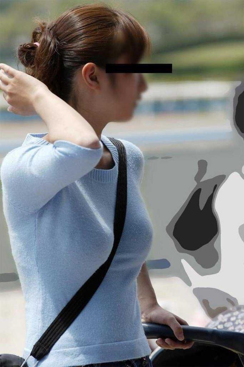 【素人エロ画像】意図せず男性の股間をふっくらさせてしまうパイスラ女子 64