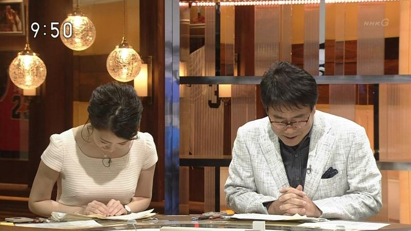 【副島萌生キャプ画像】おっぱいを見るためにNHKを観る人が続出の女子アナ画像 26
