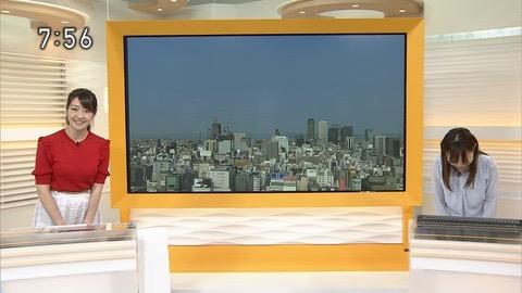 【副島萌生キャプ画像】おっぱいを見るためにNHKを観る人が続出の女子アナ画像 79