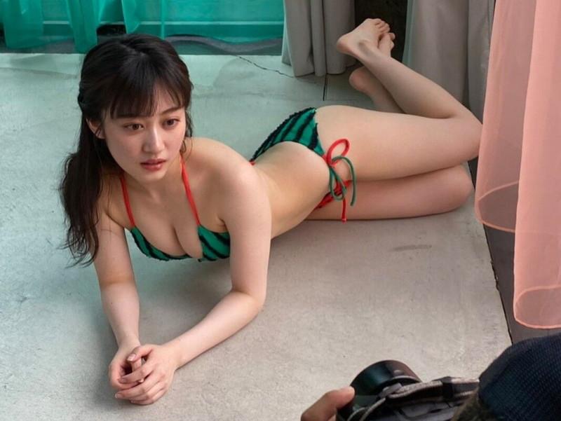 【NMB48エロ画像】グループアイドルって下着姿で絡ませられるのがメリットだよねw 68