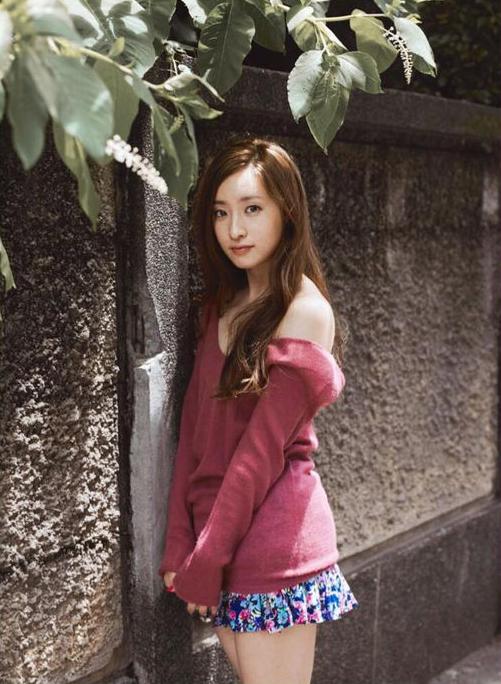 【梅田彩佳エロ画像】元AKB48アイドルが熟女になってからグラビア復帰ってマジかw 06