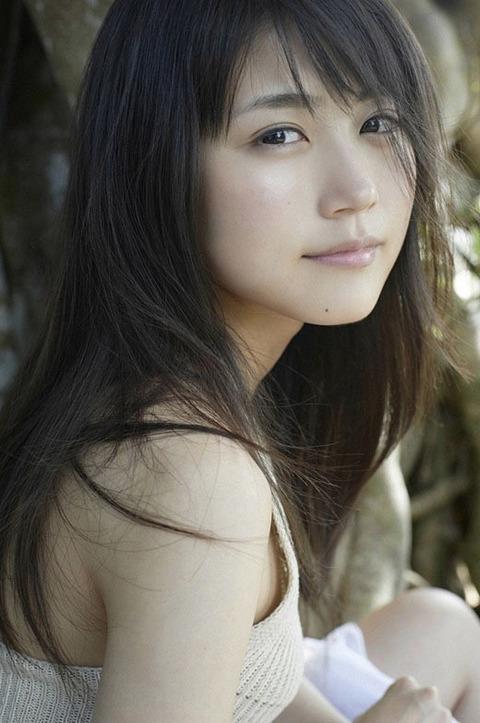 【梅田彩佳エロ画像】元AKB48アイドルが熟女になってからグラビア復帰ってマジかw 13