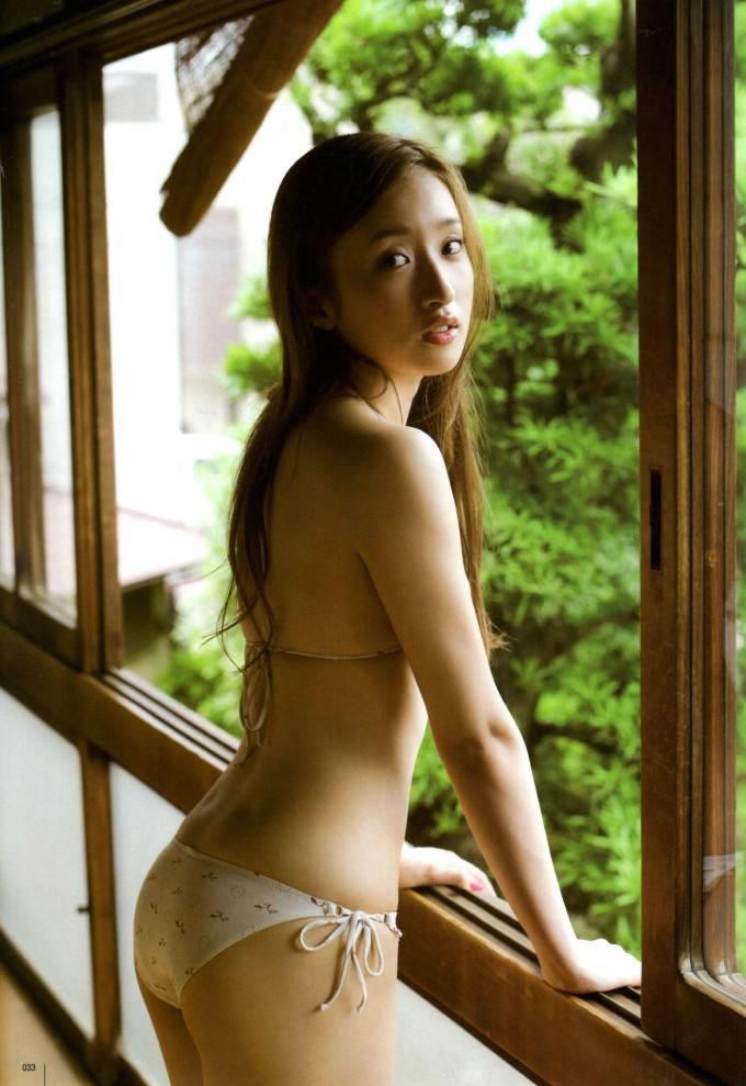 【梅田彩佳エロ画像】元AKB48アイドルが熟女になってからグラビア復帰ってマジかw 34