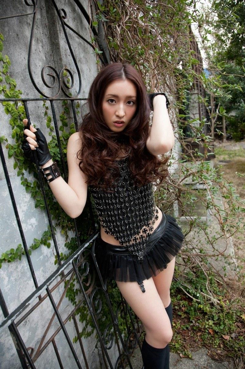 【梅田彩佳エロ画像】元AKB48アイドルが熟女になってからグラビア復帰ってマジかw 45