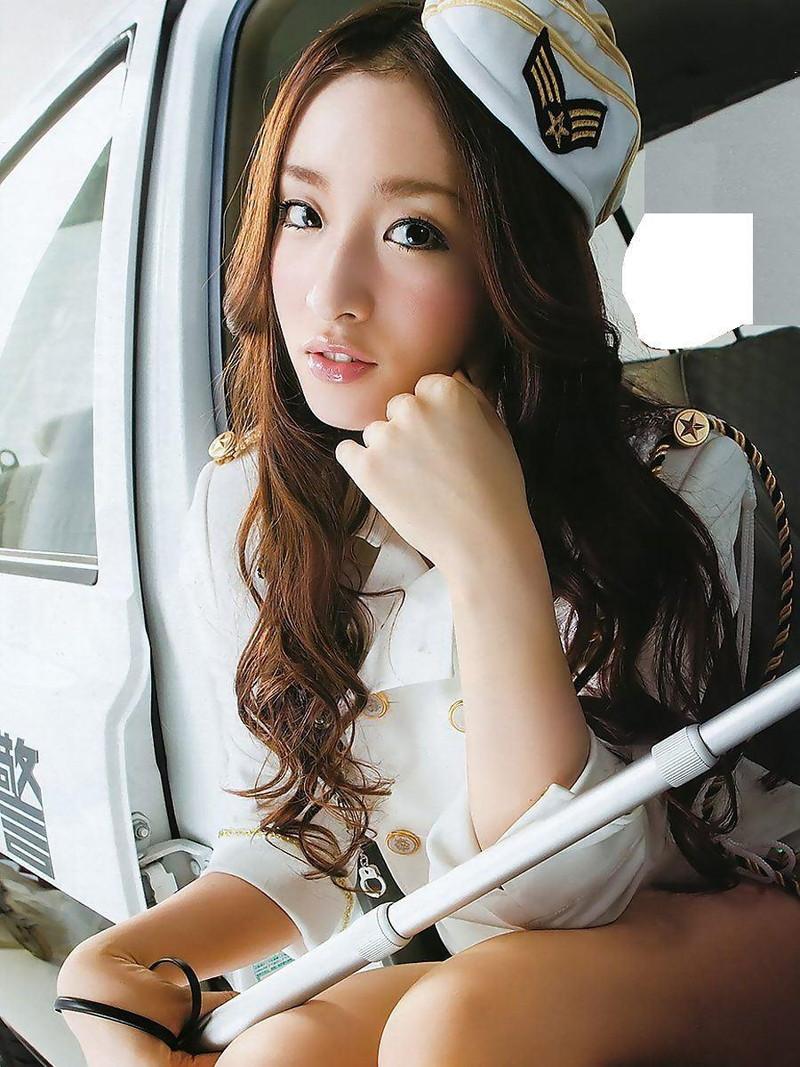 【梅田彩佳エロ画像】元AKB48アイドルが熟女になってからグラビア復帰ってマジかw 46
