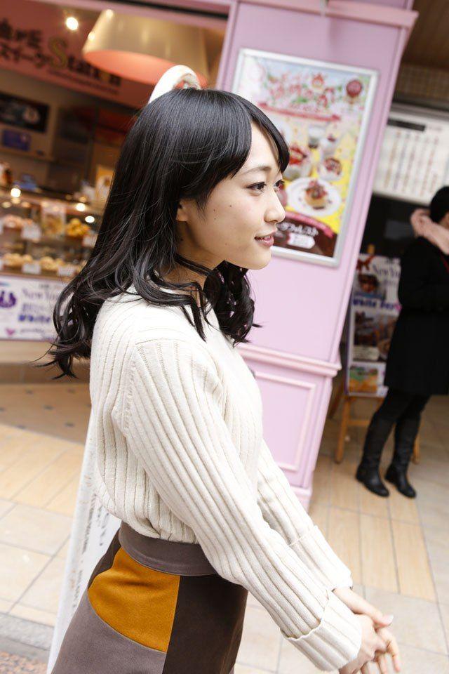 【久保田未夢グラビア画像】念願だったラブライブメンバーに選ばれたアイドル声優 05