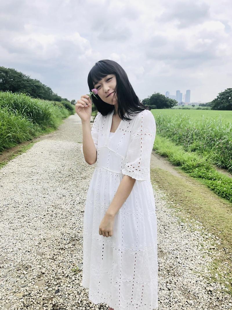【久保田未夢グラビア画像】念願だったラブライブメンバーに選ばれたアイドル声優 08