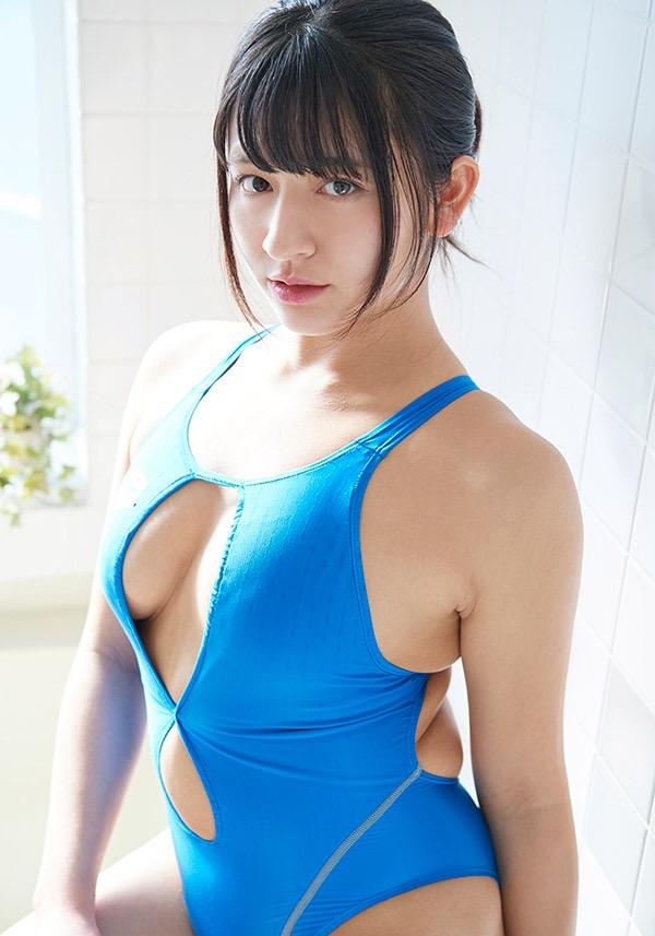【徳江かなグラビア画像】むっちりしたEカップボディが魅力的なグラビアアイドル 07