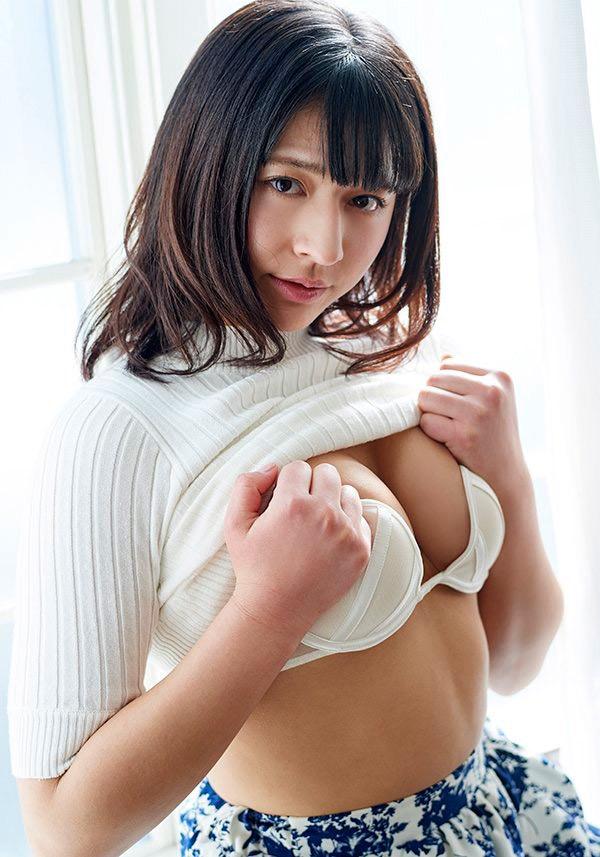 【徳江かなグラビア画像】むっちりしたEカップボディが魅力的なグラビアアイドル 19