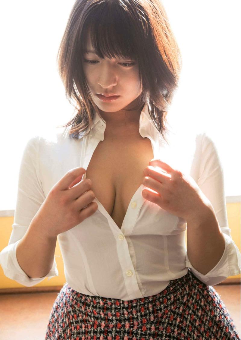【徳江かなグラビア画像】むっちりしたEカップボディが魅力的なグラビアアイドル 24