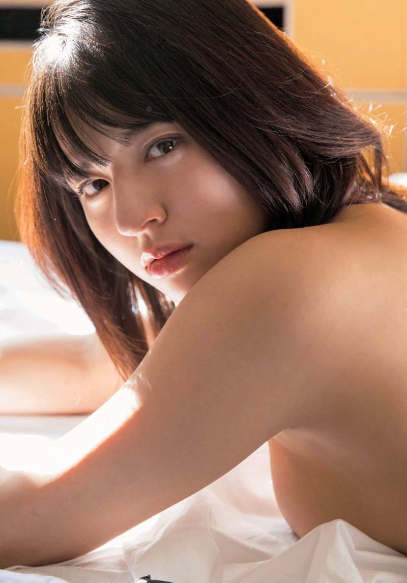 【徳江かなグラビア画像】むっちりしたEカップボディが魅力的なグラビアアイドル 37