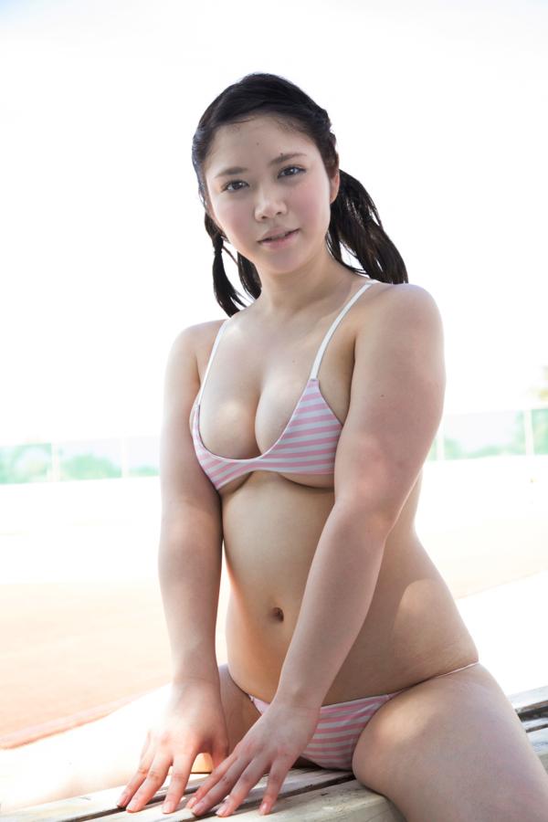 【真東愛キャプ画像】若いうちにヤッておきたくてヌードまで披露しちゃった爆乳グラドル 49
