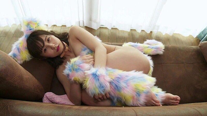 【桜木美涼キャプ画像】Gカップ美巨乳で話題を呼んだ恵体グラドルの激シコIV 68
