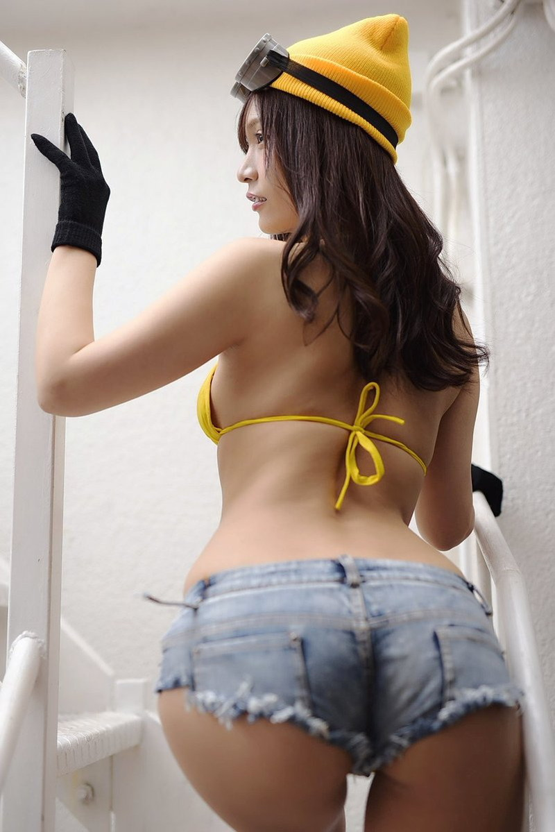 【さわち店長エロ画像】アラサーになっても可愛くてエロいGカップグラドル! 37