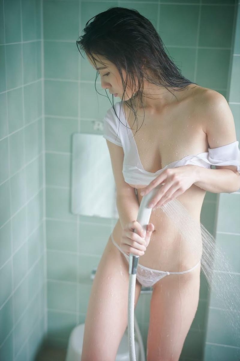 【桜木美涼グラビア画像】SNSで可愛くて大胆なGカップボディを披露している新人グラドル 40