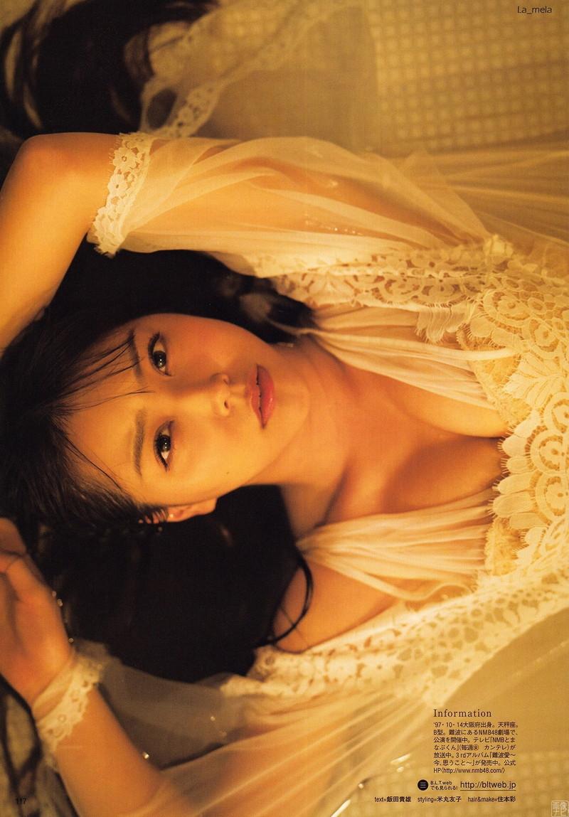 【白間美瑠グラビア画像】オッパイの谷間を大胆に披露している美少女アイドル! 59