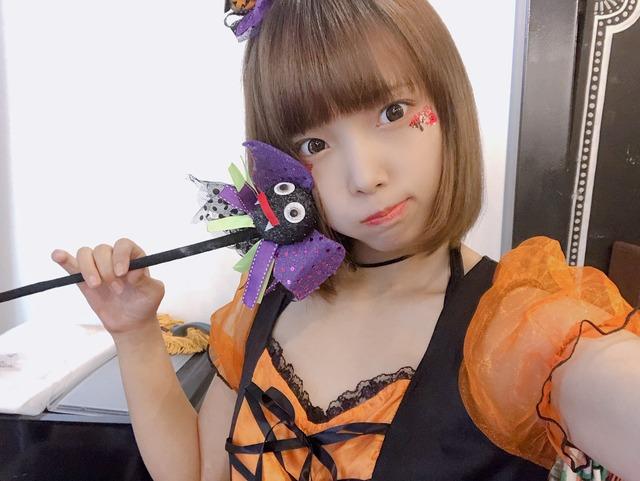 【コスプレエロ画像】ハロウィンを露出コスプレ祭りと勘違いしてる女wwww 09