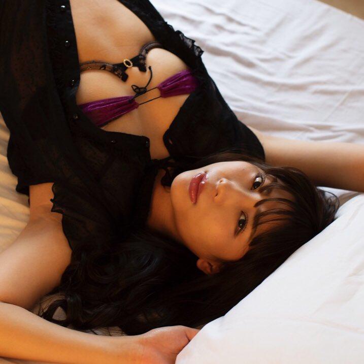 【水池愛香エロ画像】元アイドルで27歳になってからグラドルデビュー!? 23