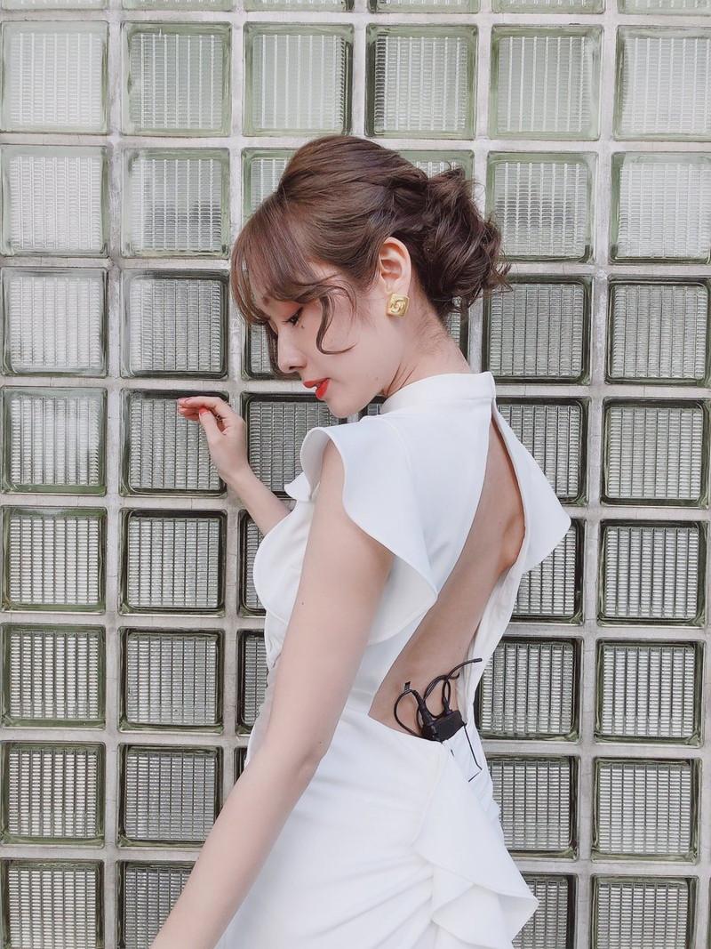 【前田希美エロ画像】泣きぼくろがチャームポイントのファッションモデル 09