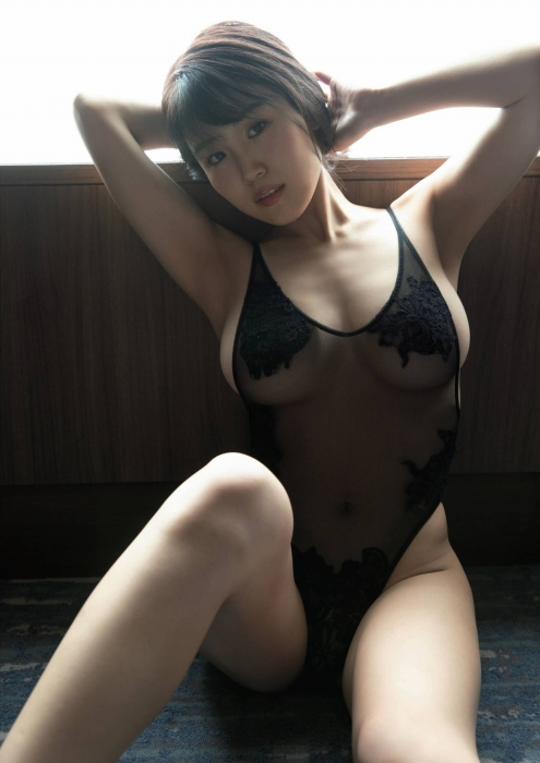 【HARUKAエロ画像】ギャル系ユニットに居るけど素顔は童顔系って感じで可愛いw 40