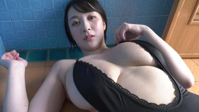 【紺野栞キャプ画像】ショートヘアにイメチェンして巨乳ボディに魅力が増した! 13