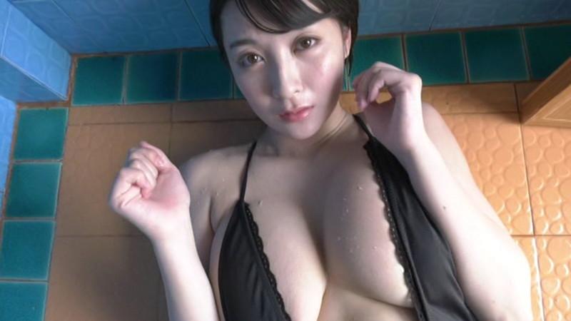 【紺野栞キャプ画像】ショートヘアにイメチェンして巨乳ボディに魅力が増した! 14
