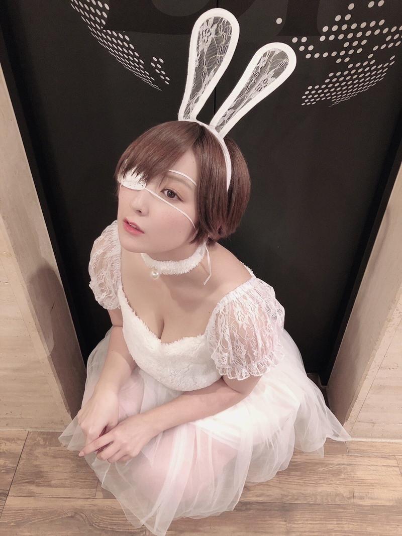 【紺野栞キャプ画像】ショートヘアにイメチェンして巨乳ボディに魅力が増した! 66
