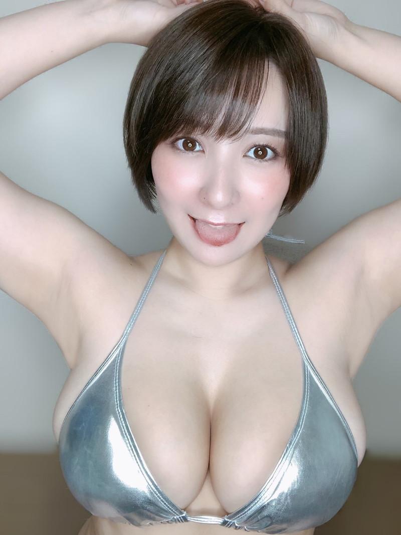 【紺野栞キャプ画像】ショートヘアにイメチェンして巨乳ボディに魅力が増した! 72