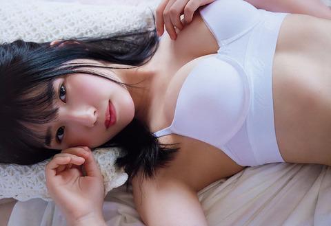 【森嶋あんりエロ画像】コスプレイヤーからデビューした美少女現役JKグラドル