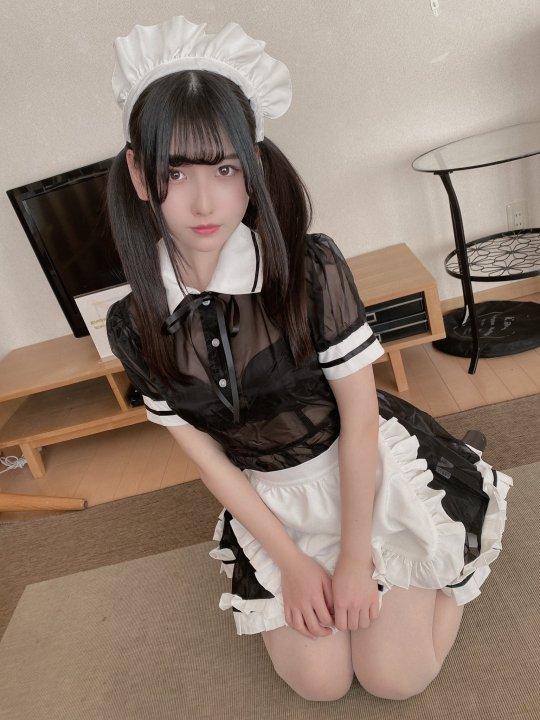 【森嶋あんりエロ画像】コスプレイヤーからデビューした美少女現役JKグラドル 25
