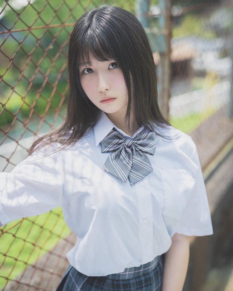 【森嶋あんりエロ画像】コスプレイヤーからデビューした美少女現役JKグラドル 39