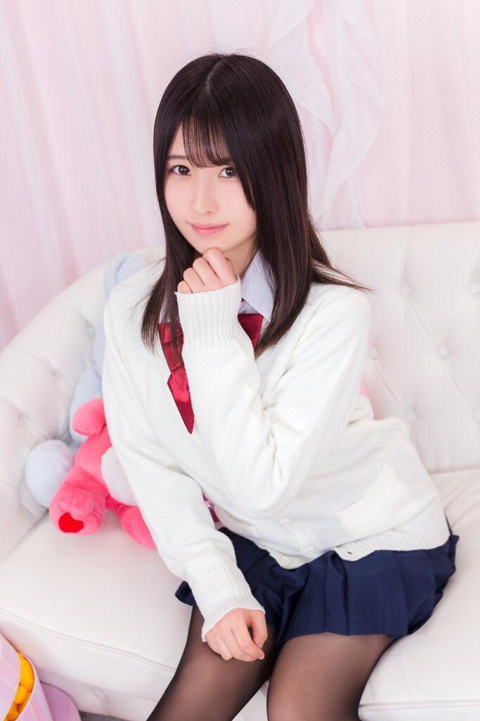 【森嶋あんりエロ画像】コスプレイヤーからデビューした美少女現役JKグラドル 40