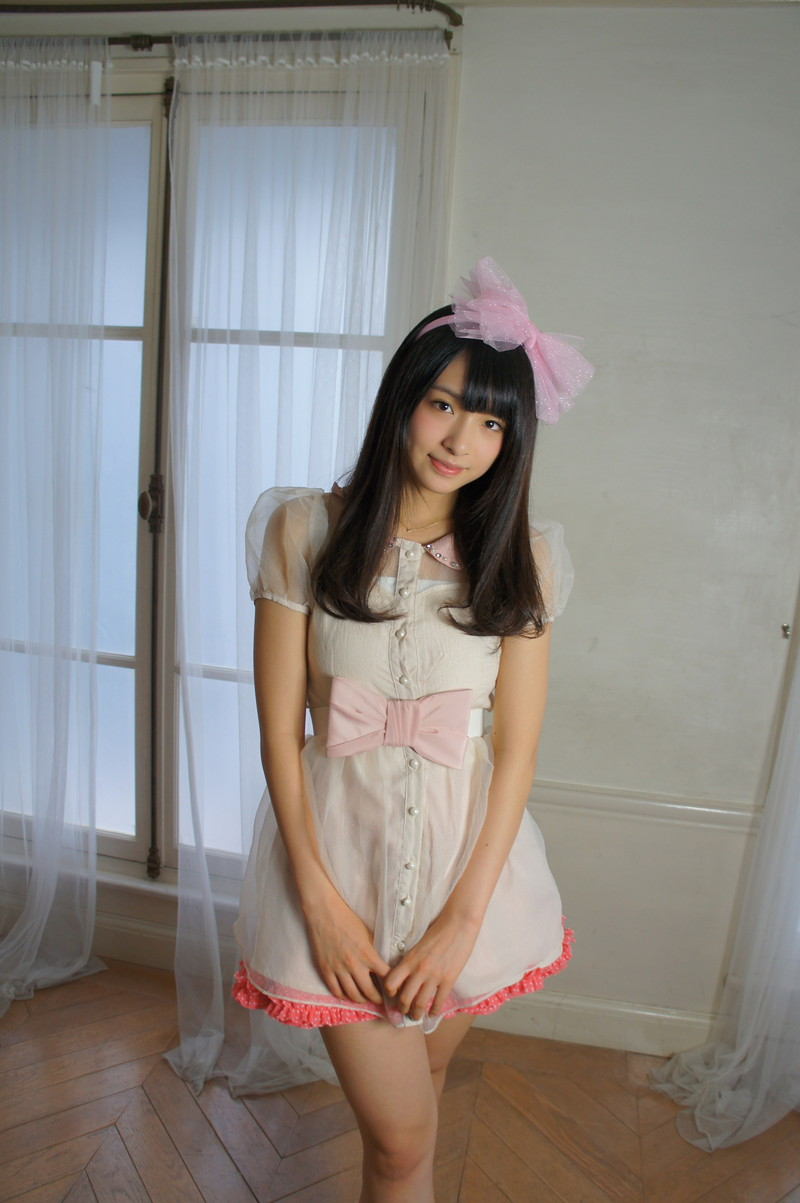 【百川晴香グラビア画像】全力少女Rでリーダーやってる現役アイドルのお宝写真 78
