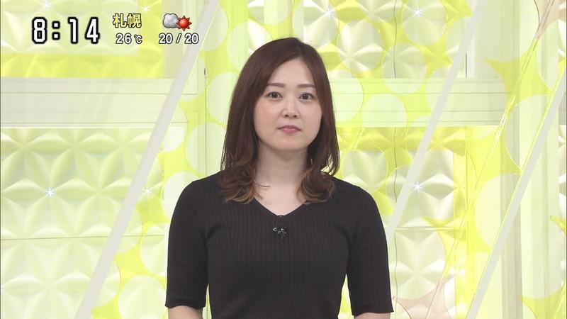 【水卜麻美キャプ画像】日テレ人気女子アナのニット越しオッパイと疑似フェラ! 20