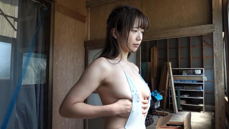 【桜りんキャプ画像】Fカップ巨乳とどっしり巨尻のエロボディが迫る! 11
